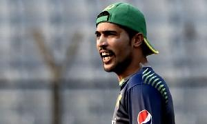 My prime target is to become world's best bowler: Amir