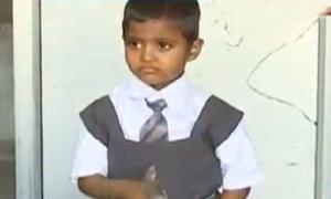 بھارت: ساڑھے 4 برس کی ذہین بچی کا نویں کلاس میں داخلہ
