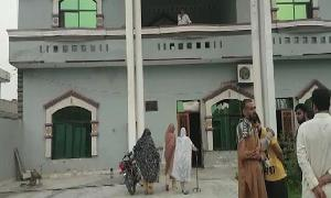Five of a family gunned down in Gujrat